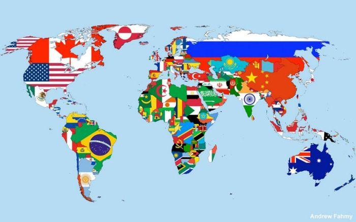 odanın duvarına dünya siyasi haritası asmak